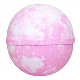 Raspberry and black pepper bath bomb £3